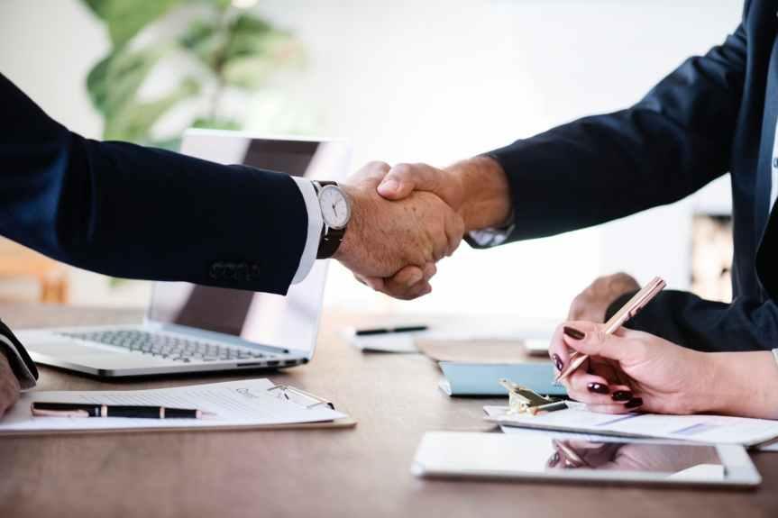 Mit gutem Beispiel voran – Schluss mit sachgrundlosen Befristungen in Verwaltung und kommunalenUnternehmen